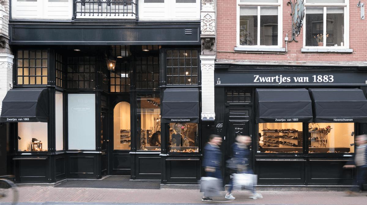 4324b4de27f Bij Zwartjes van 1883 hebben wij zoals u weet steeds wisselende collecties  die bestaan uit topkwaliteit schoenen. In onze winkel op de Utrechtsestraat  ...